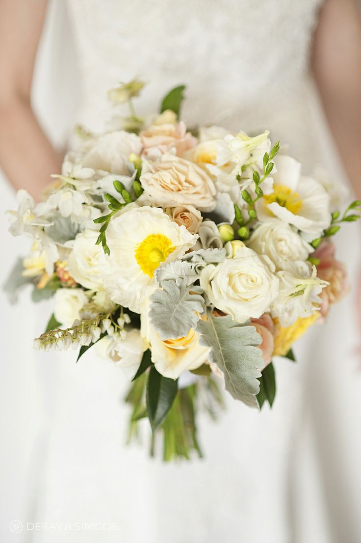Brides bouquet Photography by DeRay & Simcoe Bouquet by Zinnia Floral Designs
