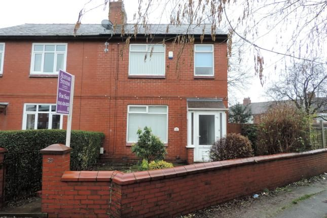 3 Bed Semi-detached House For Sale, 29 Thatch Leach, Chadderton OL9, with price £129,950. #Semi-detached #House #Sale #Thatch #Leach #Chadderton