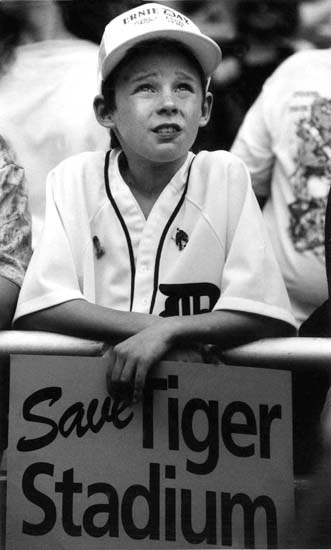 Tigers Opening Day through the years | The Detroit News    Stephen Lockwood, 11, of Windsor, Ontario, lets everyone know his feelings for Tiger Stadium during the 1991 Opening Day game. (Detroit News archives)