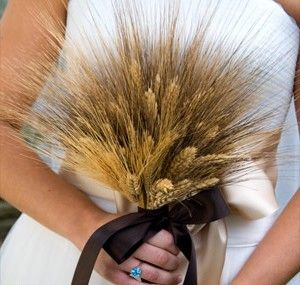 wheat bouquet - no plans to get married in the fall but this would be awesome if i was.