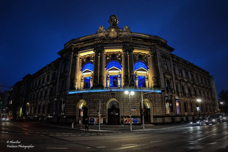 https://flic.kr/p/BinQZK | The Museum of Communications (Museum für Kommunikation). Berlin (Fisheye Vision) | The Museum of Communications shows the history of all things communicative. Outside – elegant neo-Baroque architecture laced with modern blue neon. Inside – friendly robots in the atrium, and the history of all things communicative. The Museum of Communications was founded as a postal museum in 1872, the world's oldest such collection, and has been in its present ornate location…