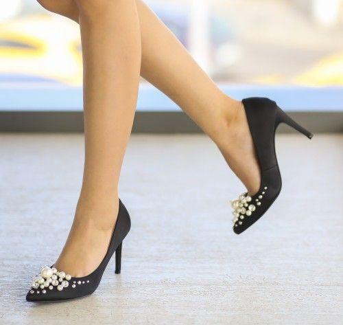 Pantofi Rux Negri - <br>Culoare:  Negru<br>Dimensiune toc:  9<br>Material:  Textil Colectia Pantofi cu toc de la  www.cutoc.net