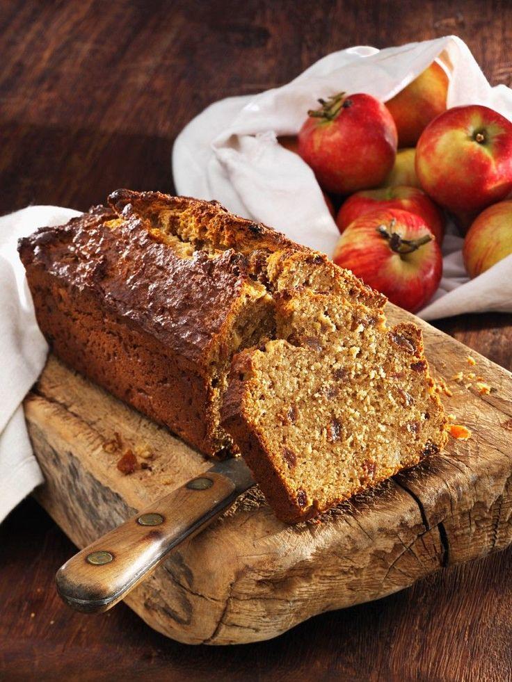 Süßes Dinkel-Apfel-Brot | http://eatsmarter.de/rezepte/susses-dinkel-apfel-brot