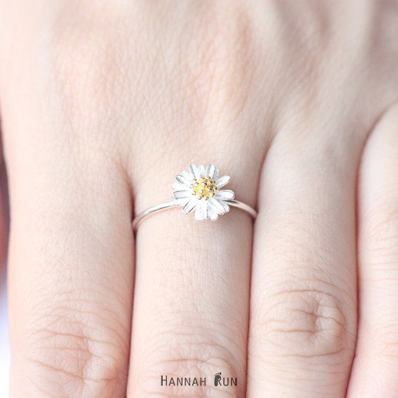 Daisy ring Sterling silver Daisy ring by HannahRun on Etsy