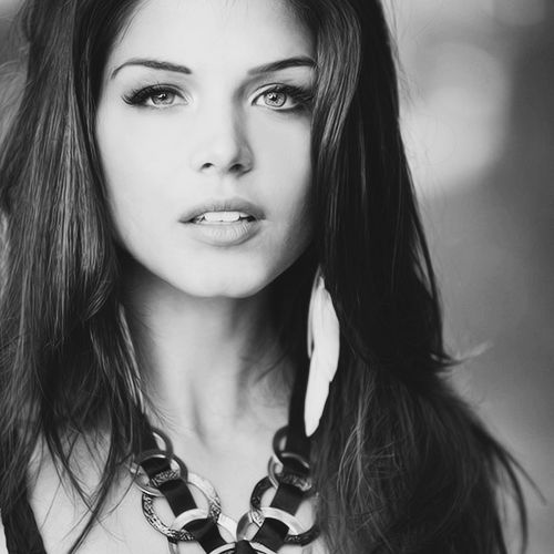 Marie Blake Actress | ... actress Marie Avgeropoulos, currently starring as Octavia Blake in The