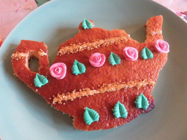Gâteau théière Alice au pays des merveilles - Marie-Maguelone