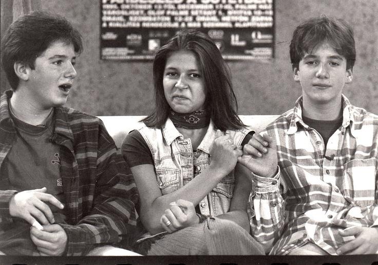 Kölyökidő(1989) Akkoriban már nagyon népszerű Spah ikrek Szekeres Nórával.