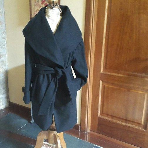 Elegante Abrigo Negro Zara - Chicfy