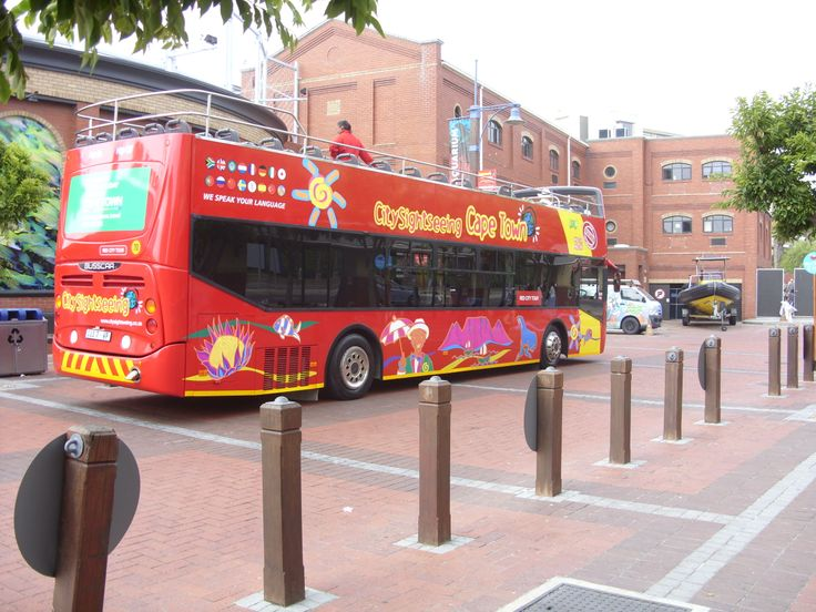 Cape Town Siteseeing Bus! It's great! ! !