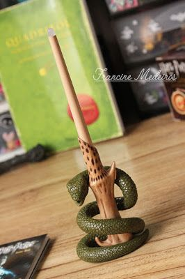 Harry Potter Lord Voldemort's Wand With Sticker Kit - Day By Day