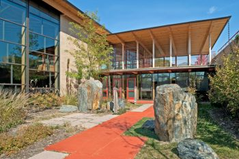 First Unitarian Society Meeting House, Madison, WI / The Kubala Washatko Architects, Inc. / AIA COTE Top Ten 2011