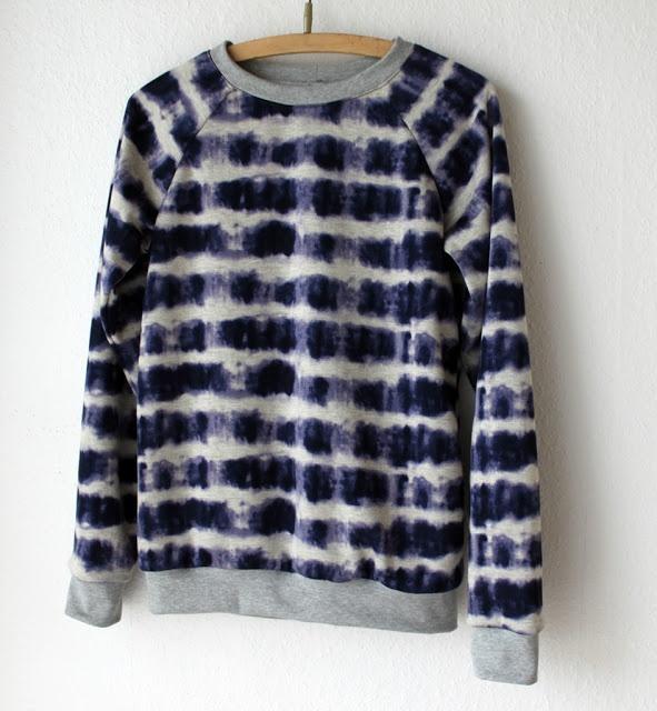 Tie dye sweatshirt   indigo