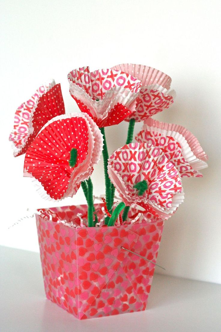 Art and craft valentine day flowers valentine 39 s day gift for Valentines day flower ideas