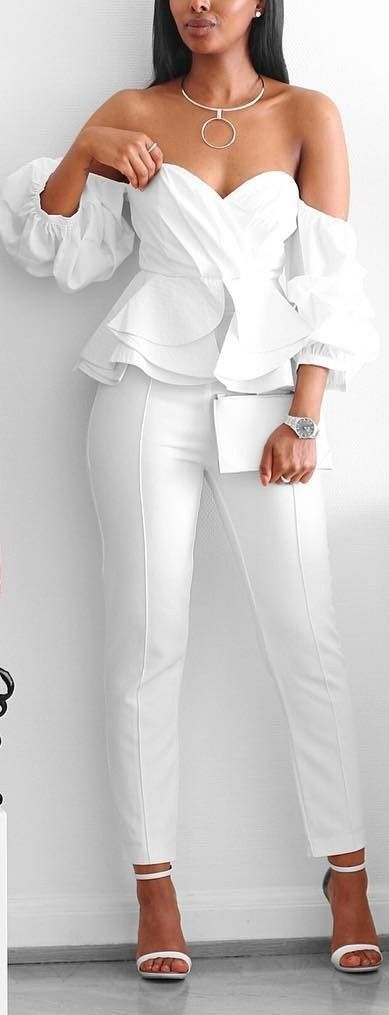 Outfits en color blanco con toques chic ideales para verano http://beautyandfashionideas.com/outfits-color-blanco-toques-chic-ideales-verano/