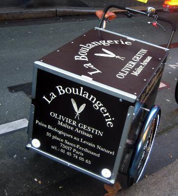Le triporteur de la boulangerie Gestin à Paris #cargobike