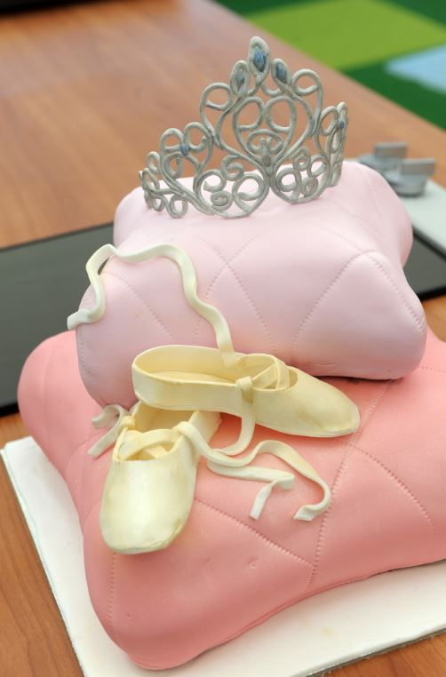 I can perform the perfect pirouette with Nancy's Ballerina Pillow Banana Cake.