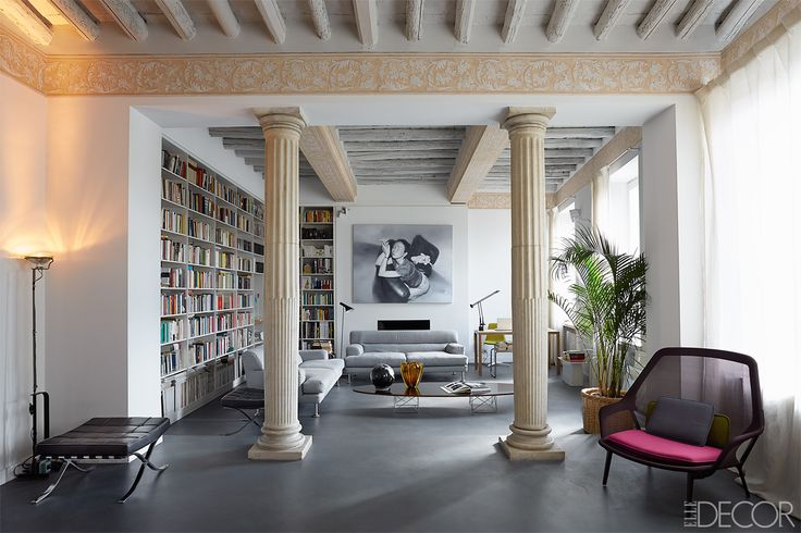 Clean-lined modernism happily merges with classical elements when a young family inherits a derelict apartment in a prime location in Rome