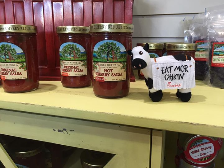 Spot the Cow Day 5 - For today's contest our winner will be picked by a random number generator. The winner will receive a response on their post. Please show your name on the Facebook post and present your ID to redeem your prize.   Hint - I'm the only store who sells Hot Cherry Salsa in the heart of Katy.   Happy guessing!