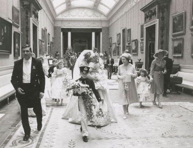 ダイアナ妃とチャールズ皇太子の結婚式 14枚の未公開写真   ウエディング   25ans(ヴァンサンカン)オンライン