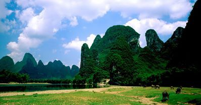 3 Days #Guilin and Yangshuo Photography Tour allows you to take photos of the majority of scenic attraction in the area, from a variety of ideal locations.Guilin is a paradise for photographers.   http://www.holidaychinatour.com/tour_view.asp?id=56