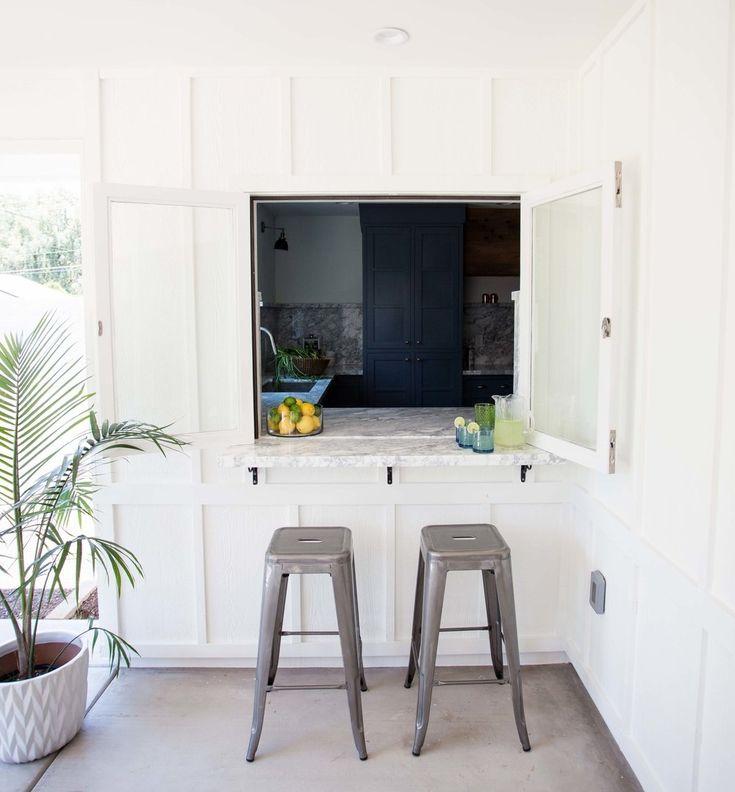 Kitchen Designs With Center Window: Best 25+ Pass Through Window Ideas On Pinterest