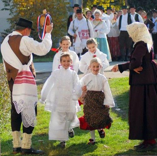 Wedding Customs: 1000+ Images About Croatian Wedding On Pinterest