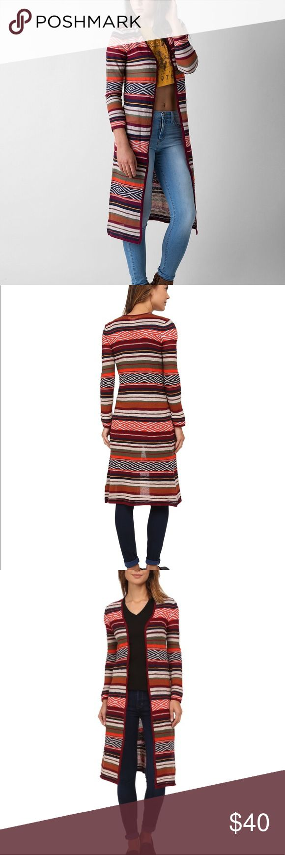 Billabong Shadow Stripe Duster Sweater Cardigan NWOT Billabong shadow stripe midi duster sweater. Southwestern pattern & colors. Hits around knee or mid calf, maxi if you're super short. Approx. 43 inches. Sz Medium, stretchy, personally I find it fits more like a small. Would look good on XS too. Lightweight knit. Machine wash dry flat Billabong Sweaters Cardigans