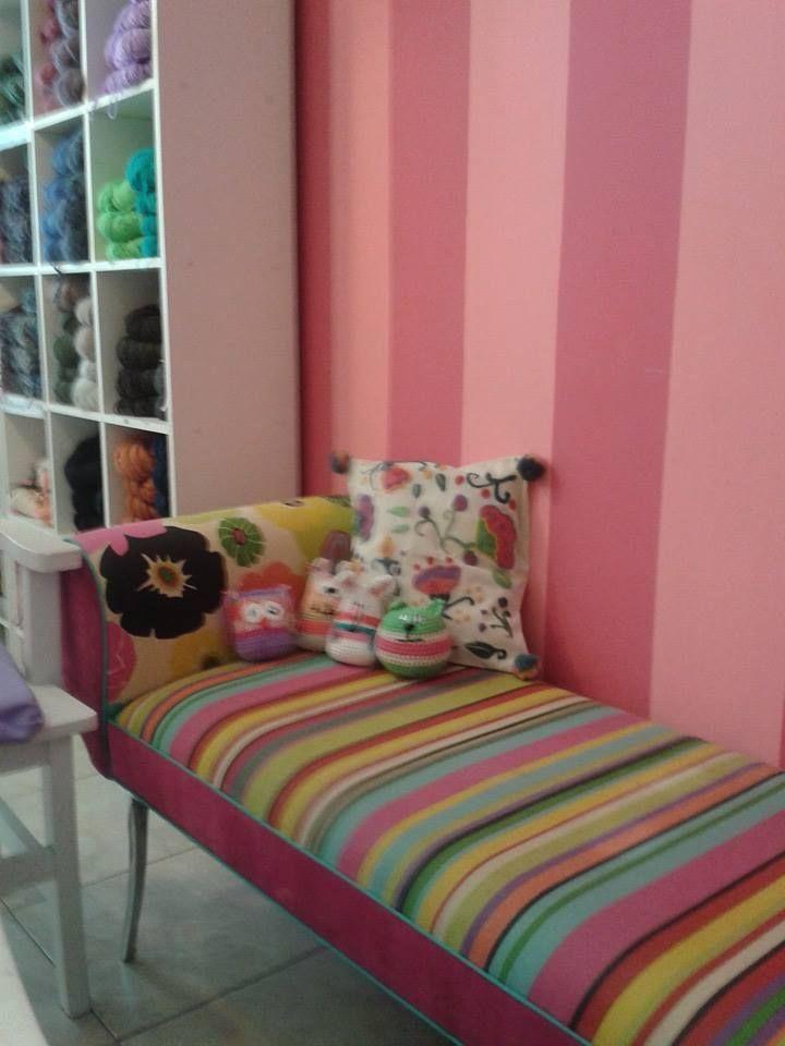 Fundas de almohadones realizadas en lino con detalles de bordado en fieltro o crochet, 100% artesanales....pero sobre todo hechas con muchísimo amor!!!