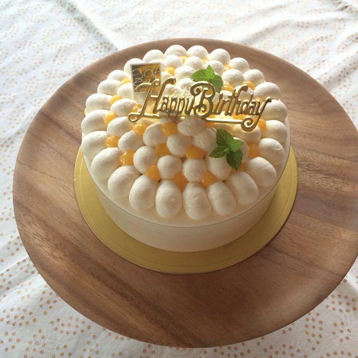 Fromage Citron  フロマージュ・シトロン 同じケーキも絞りを買えるだけでかなり印象が変わります。 チーズとレモンの酸味がこれからの季節にピッタリなケーキです。