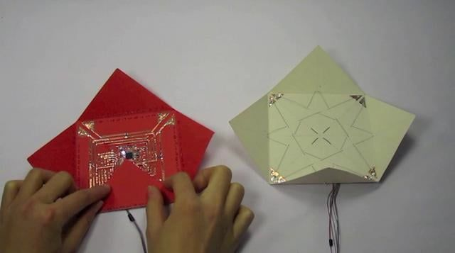 Electronic origami: Input/Output blintz folding on Vimeo