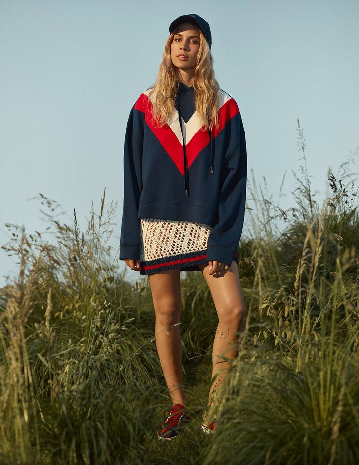 http://www.vogue.com/fashion-shows/resort-2017/tommy-hilfiger/slideshow/collection