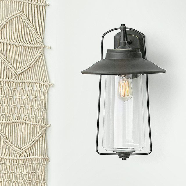 The stylish simplicity and nautical elegance of the hinkley lighting belden place collection offer a modern