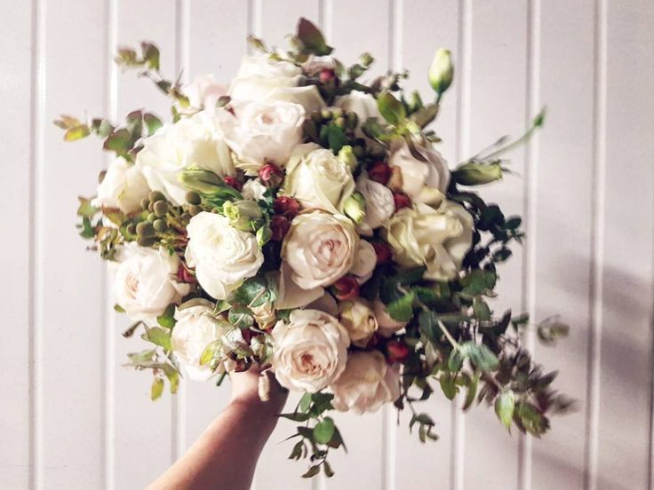 "93 Likes, 7 Comments - Jasmine (@as_sweet_as_jasmine) on Instagram: ""Elegant, classic & romantic ❤ Bridal bouquet full of david austins, classic roses, lisianthus,…"""