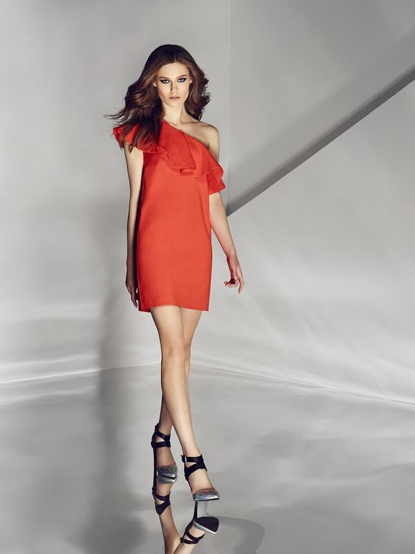Orange dress. Buy here: http://www.mohito.com/pl/pl/kz929-23x/dress-with-flounce