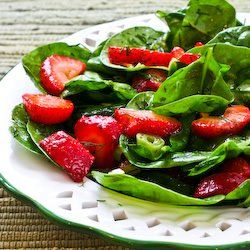Strawberry Spinach Salad with homemade dressing - candied pecans would ...