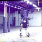 Handle : le nouveau robot (impressionnant) de Boston Dynamics marche sur deux roues