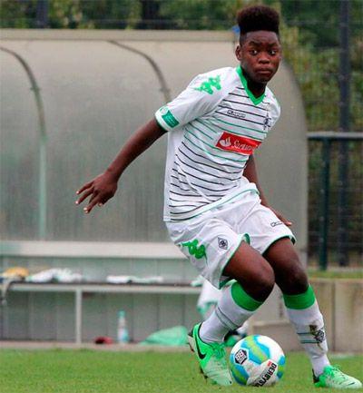 Né le 28 janvier 1997, Chance Simakala Ba Muaka a été sans conteste la révélation congolaise du tournoi international de l'Inselcup. Malgré une sixième place au classement général, du haut de ses 17 ans, le milieu offensif du Borussia Mönchengladbach a fait preuve de beaucoup de maturité et de percussion dans son jeu. Buteur en…