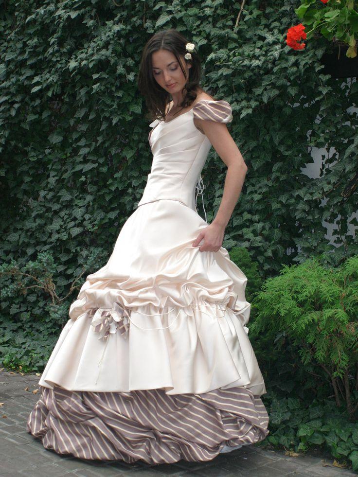 Farbige Brautkleider nach Ihrem individuellen Geschmack genäht ...