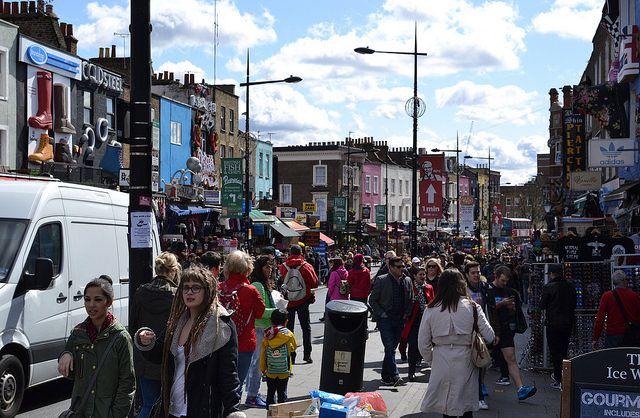 Londres Calling #Fly #me #Away: #Londres #Calling | #cidades #globais #centros #financeiros #mundo #turistas #TrendyNotes #Londres! #Camden #Lock #CamdenLock #street #London