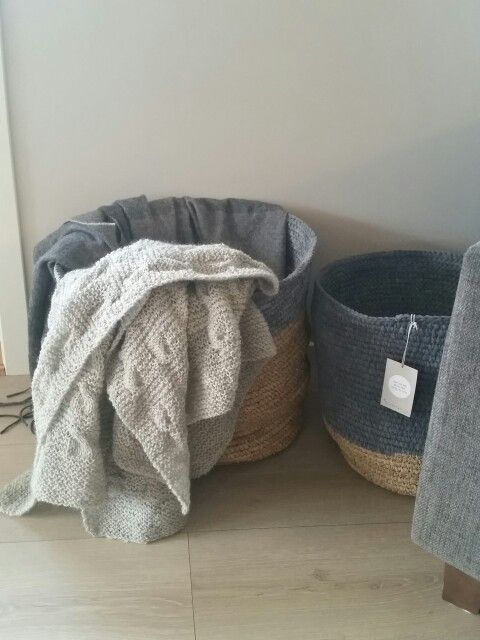 Home knitted blanket & baskets from bloomingville