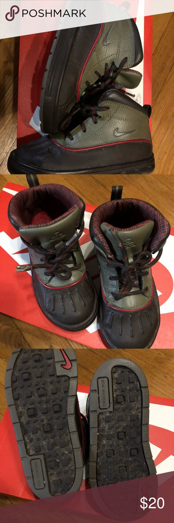 Nike ACG Boots Natural color themed winter boots Nike Shoes Boots