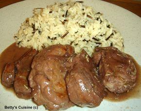 Ένα φαγάκι γρήγορο, ελαφρύ, νόστιμο και πολύ μαλακό! Υλικά για 4 μερίδες:  1 κιλό ψαρονέφρι 4-5 κουταλιές ελαιόλαδο 1 μέτριο ξερό κρεμμύδι...