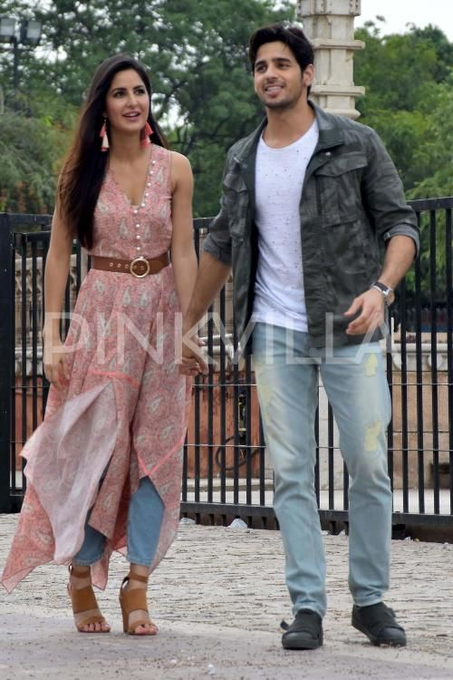 Baar Baar Dekho! Sidharth and Katrina spread their charm in the city of Jaipur!