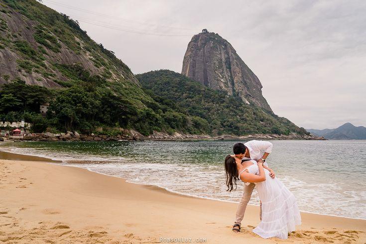 Pré casamento – ensaio pré casamento na praia | Ligia e Lucas – Praia Vermelha …   – Casais