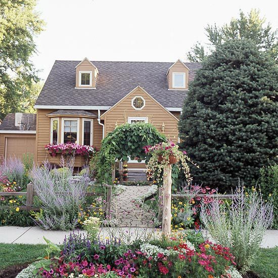 17 Small Front Yard Landscaping Ideas To Define Your Curb: 447 Best Images About Front Yard Designs On Pinterest