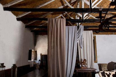 """¿Tiro al plato? o ¿la casa de los espíritus?  telas """"GLORIA GAYNOR"""" y """"WHITNEY HOUSTON"""" de la Colección """"BLUES""""  #telas #textil #deco #decoracion #nuevacoleccion #interiorismo #tapiceria #tendencia #fabricante #mayorista #musica #melodia #colores #ZE #ZEconzeta #fabrics #textile #Decor #newcolletion #interiordesign #upholstery #trending #maker #wholesaler #music #melody #colours"""
