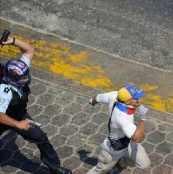 #Venezuela Guardia del Pueblo #Socialismo #Fascismo #Represión #Chavez #Nicolás #Maduro