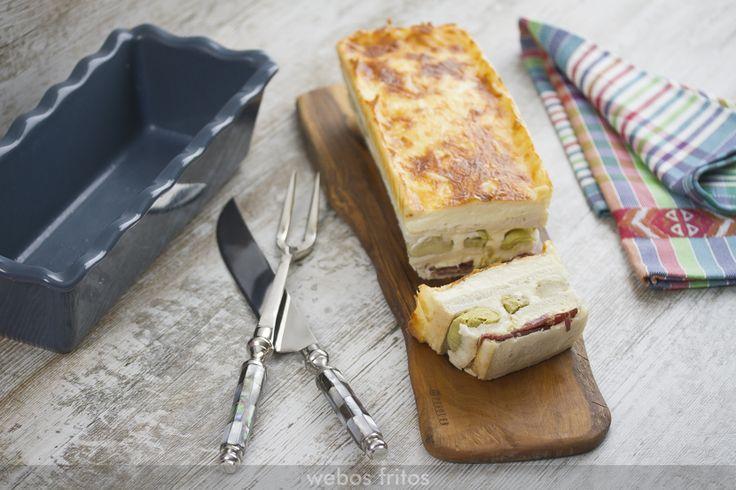 Este croque cake de alcachofas y jamón ibérico aumenta la lista de mis croque cakes salados. Muy fáciles de hacer, solucionan una cena con amigos.