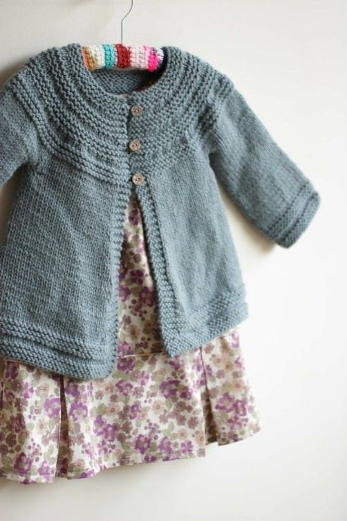 Kinder Cardigan Must Knit Oktober schoenstricken.de