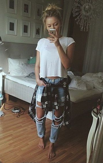 #style+#outfit+distressed+skinny+jeans